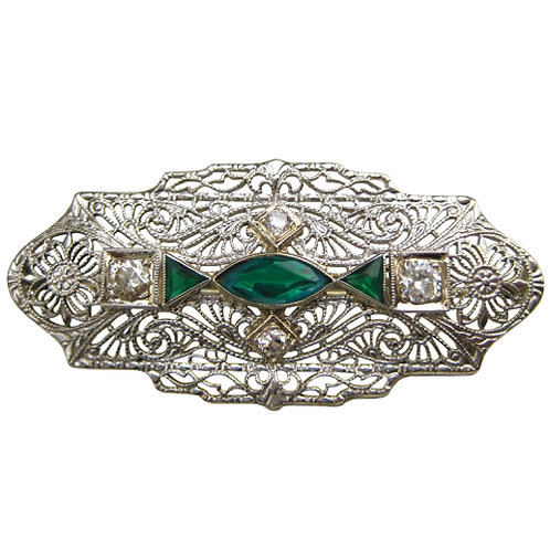 Art Deco Diamond & Emerald Filigree Brooch