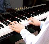 ピアノ-min.jpg