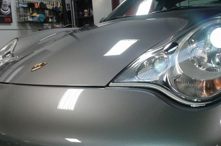Thunderbird and Porsche Carrera GT Detail