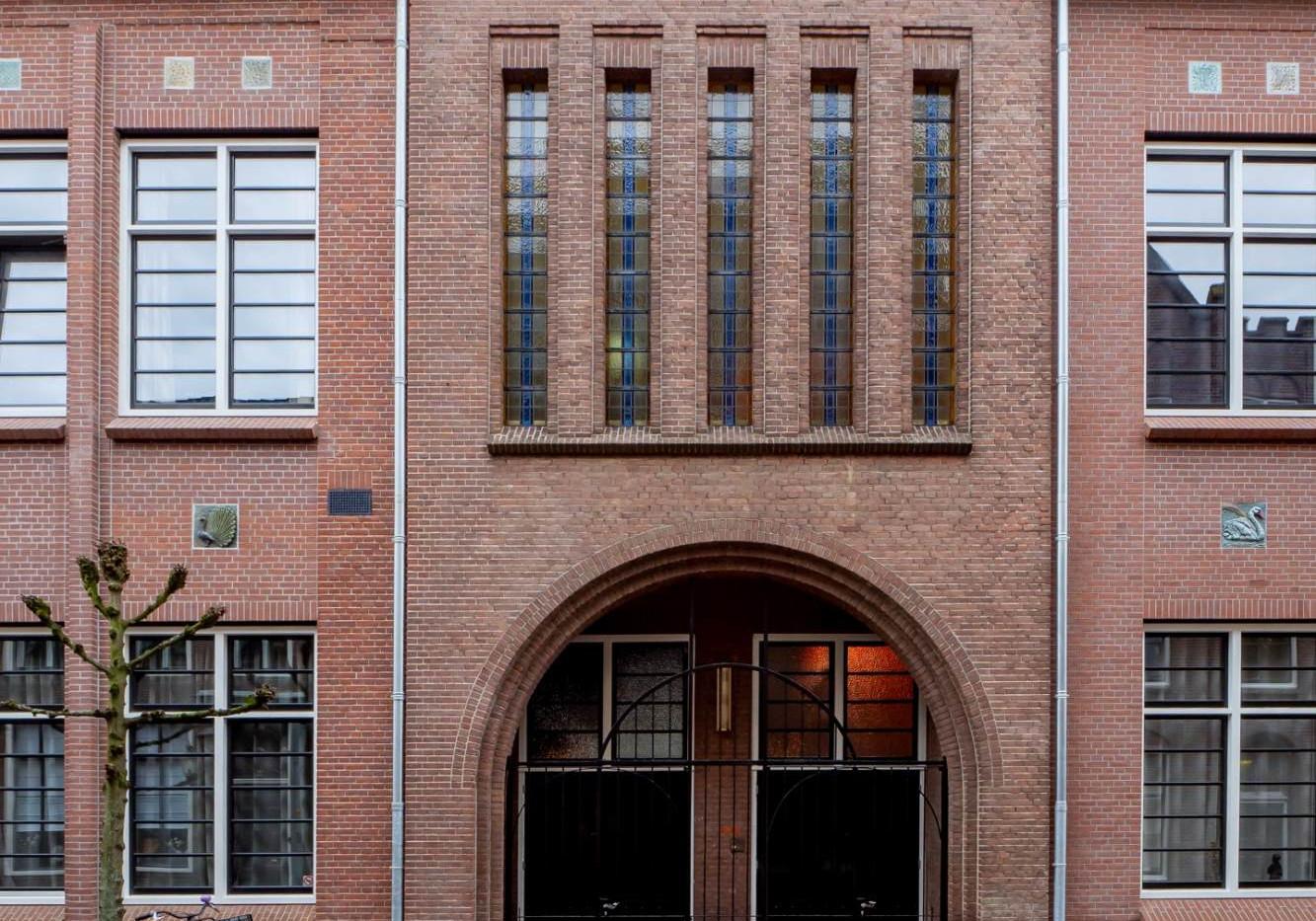 2 2019-12 Kloosterstraat 10ALG voorgevel