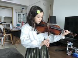 Kids violin lessons