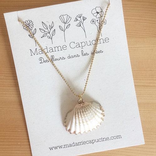 Collier Madame Capucine coquillage doré