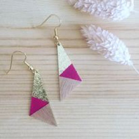 BO triangle bois rose framboise