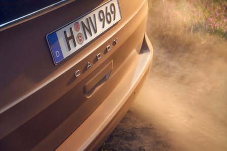 VW_CADDY_heandme_11