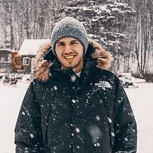 Felix-Headshot.jpg