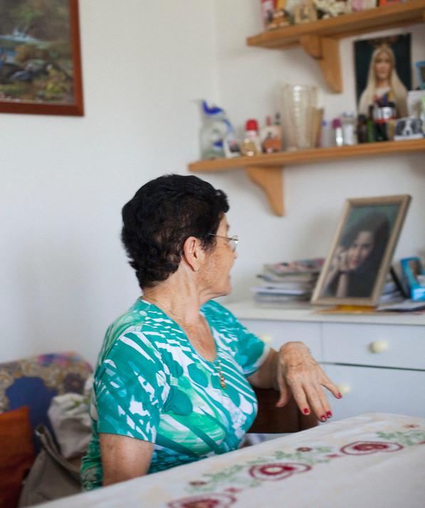 La mère de Rossana, tué il y a 21 ans, n'a jamais recu d'indemnisation. Son tueur à fait sa maitrise en prison et en sortant il est allé vivre avec sa nouvelle famille pas loin d'elle. Sa plus grand peur est de le rencontrer dans la rue.