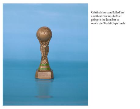 Le mari de Cristina l'a assassinée ainsi que leur deux enfants avant de se rendre au bar local pour regarder la finale de la Coupe du Monde.