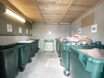 Brf Herrgårdsparkens miljöstation