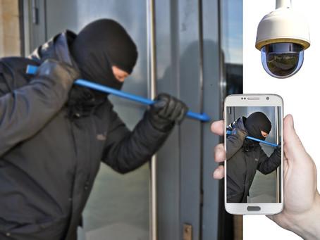Inbrott i port 25 / Burglary in 25