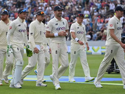 Virat Kohli's men collapse to 78-all out, England 120 for 0, Both Openers 50+