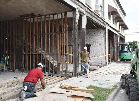 buildingrenovation courier.jpg
