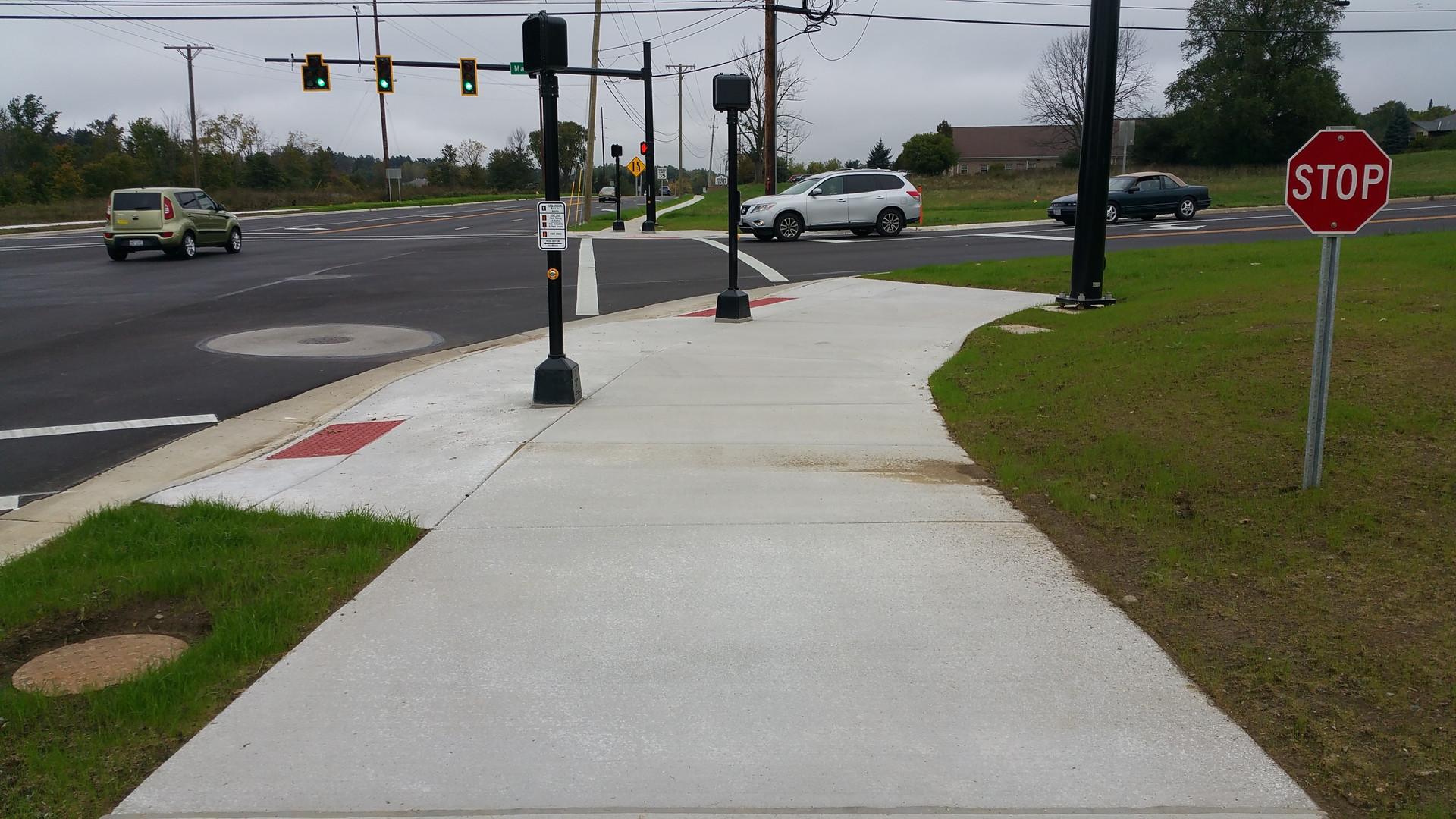 Trimble Road Sidewalk Curb