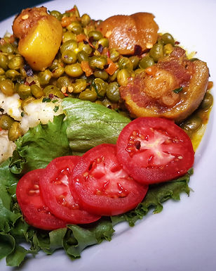 Curried Green Pigeon Peas with Pigtail