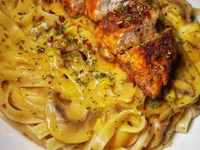 Pan Seared Chicken with Creamy Mushroom Sauce (Dairy Free)