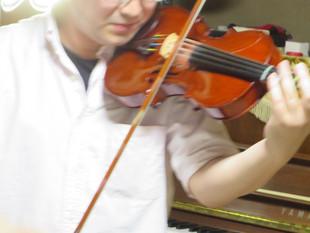 ターヘー楽団の練習
