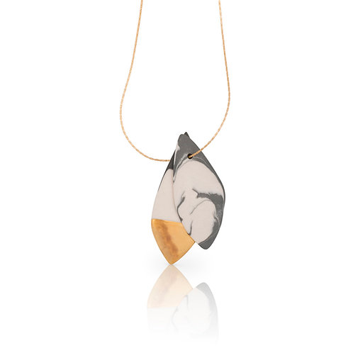 Cybele | Golden Leaves Necklace