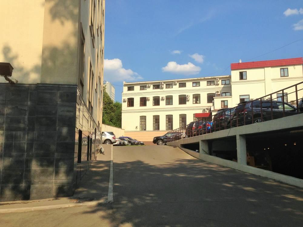 Двухуровневая парковка