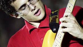 Stefano Carbonelli: la fisica, la matematica, la chitarra