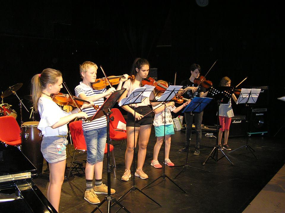Ensemble violons