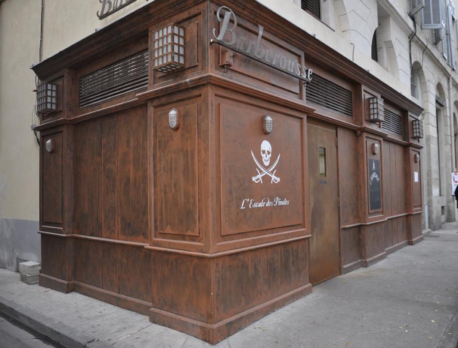 Devanture pub barberousse - Nîmes