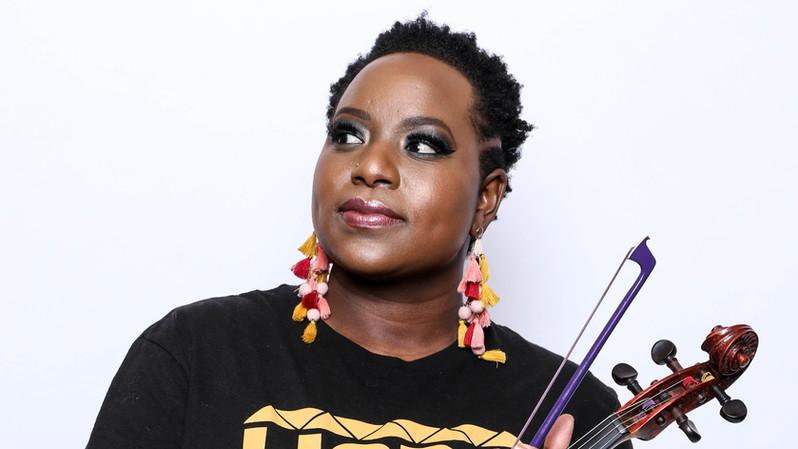Shelly Blair w viola.jpg