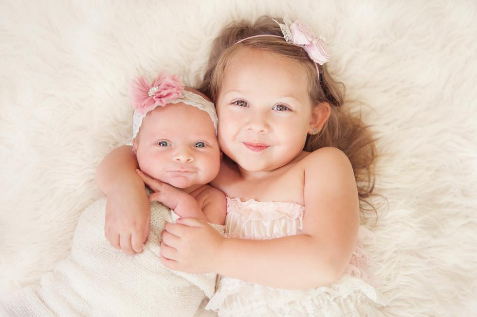 Newborn , Sisters