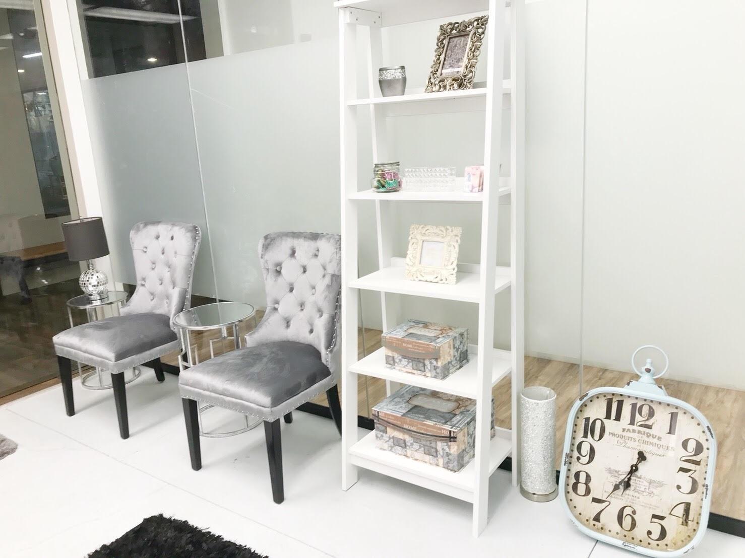 eyelash salon coco interior2