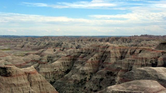 Badlands National Park in South Dakota.  Source: en.wikipedia.org