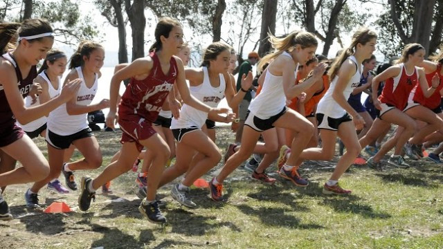 The girls Frosh/Soph team start out strong