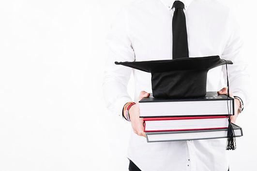 crop-alumnus-with-books-cap_23-214774582