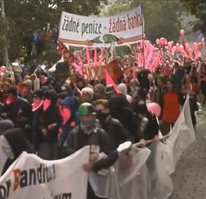 Anarchisté - rok 2000