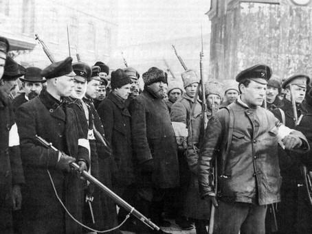 Byla Říjnová revoluce krvavý puč?