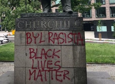 Churchill neporazil fašismus. Podporoval jej a byl rasista.