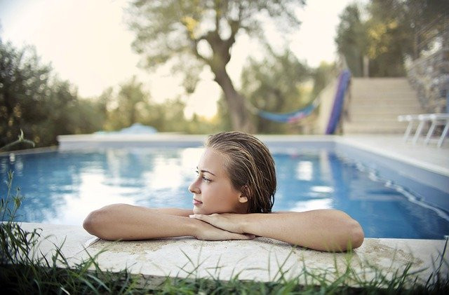 The Pros of Professional Pool Cleaning Services