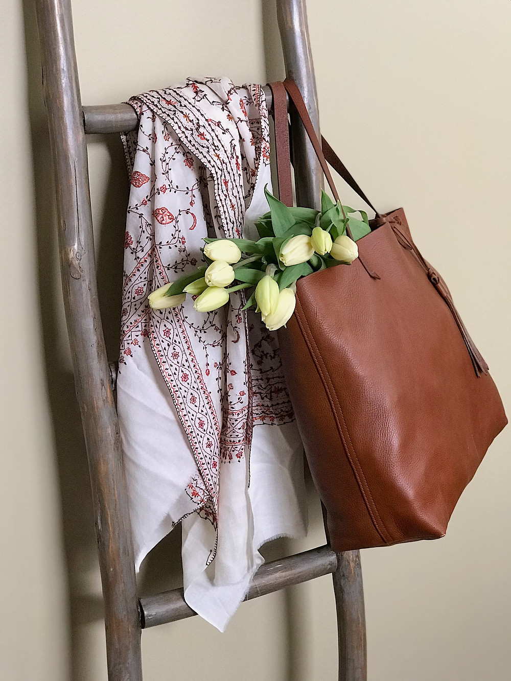 ladder, scarf, tote, tulips