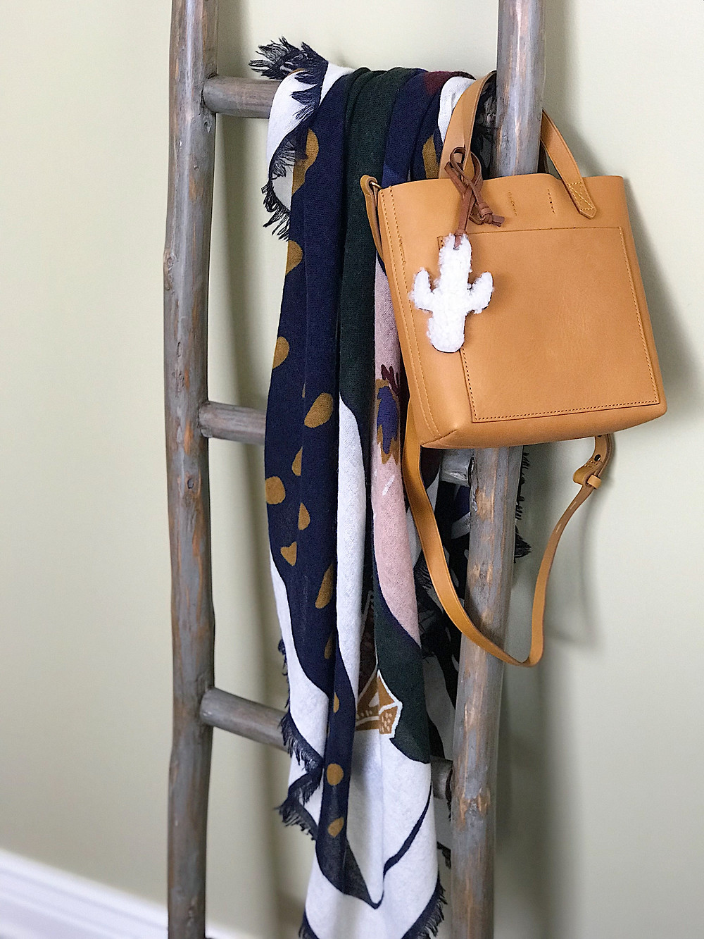 ladder, scarf, bag