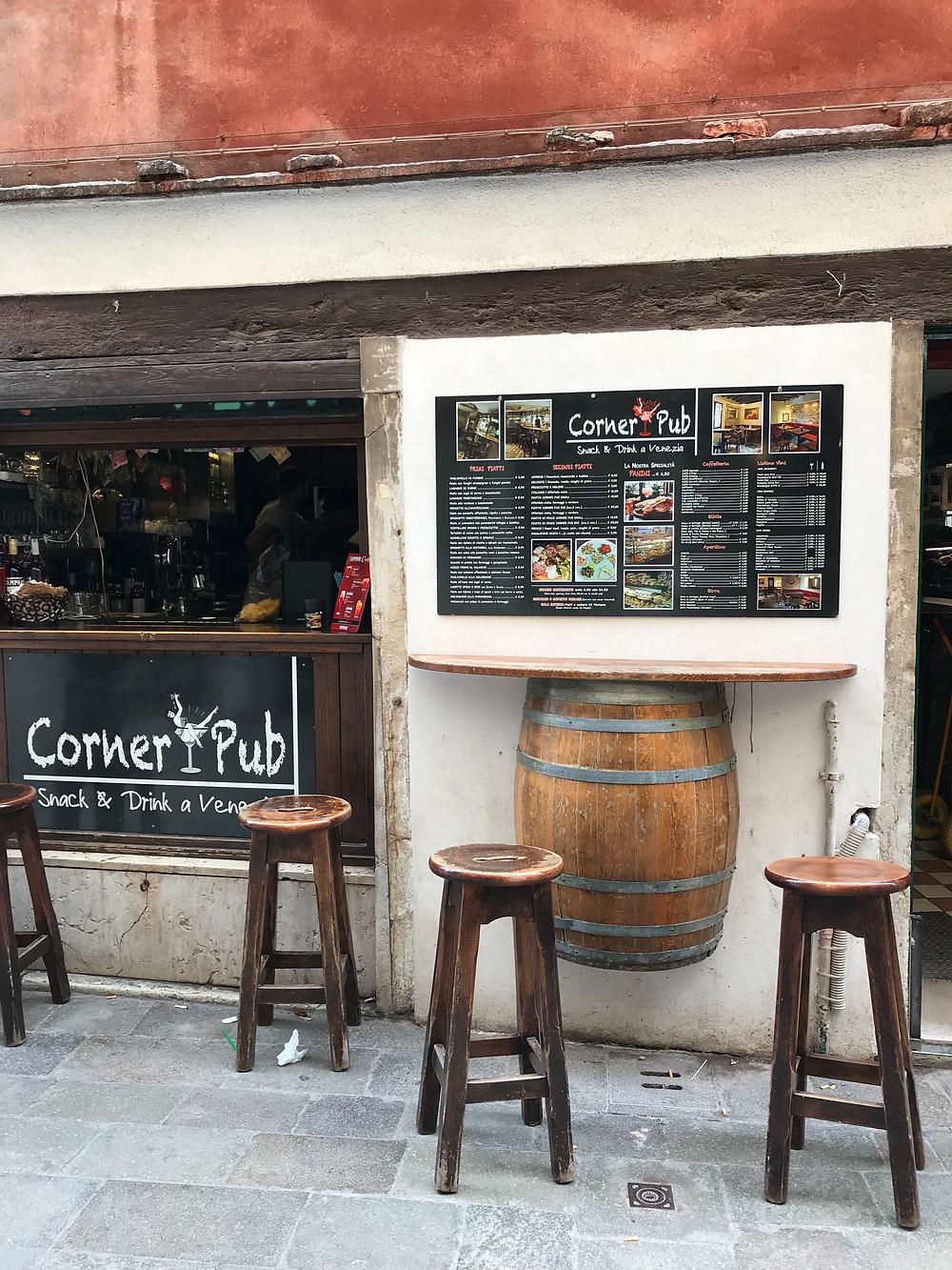 pub in Venice