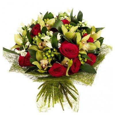 Букет из орхидей и роз Таинственный лес