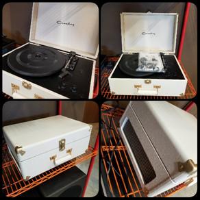Used Briefcase Crosley Turntable 4 sale!