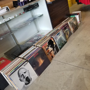 Great used vinyl collection we got in