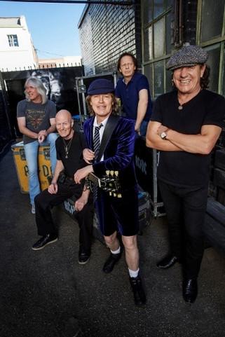 AC/DC set for Aussie tour