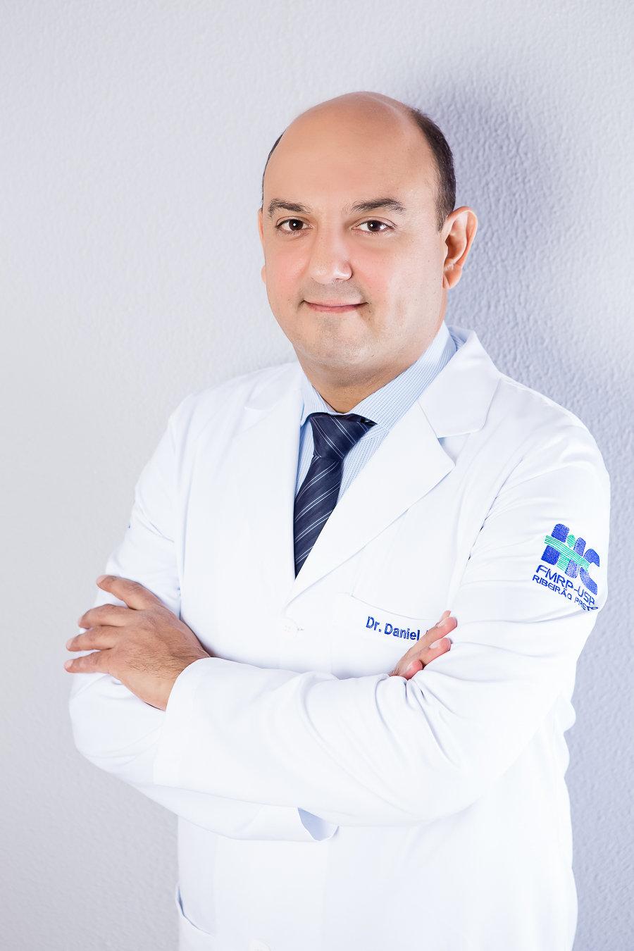 Dr Daniel Giansante Abud