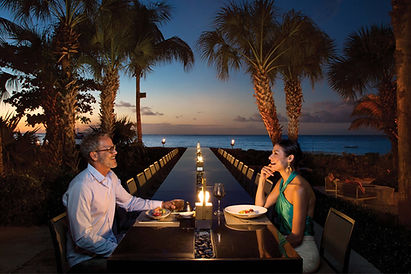 Couple Dining Infiniti Bar Turks Caicos