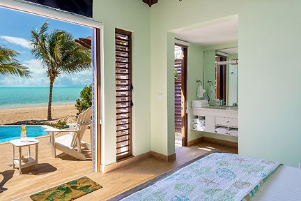 Ocean Breeze Swaying Palms Beach Bungalo