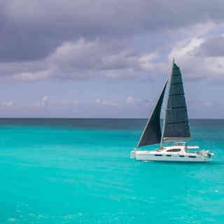 Jib-main-sail-calvert-sailmakers-Calvert-Sails-Bahamas-Catamaran-Charters