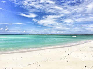 Attwood Harbour beach Bahamas Sailing Catamaran Charters