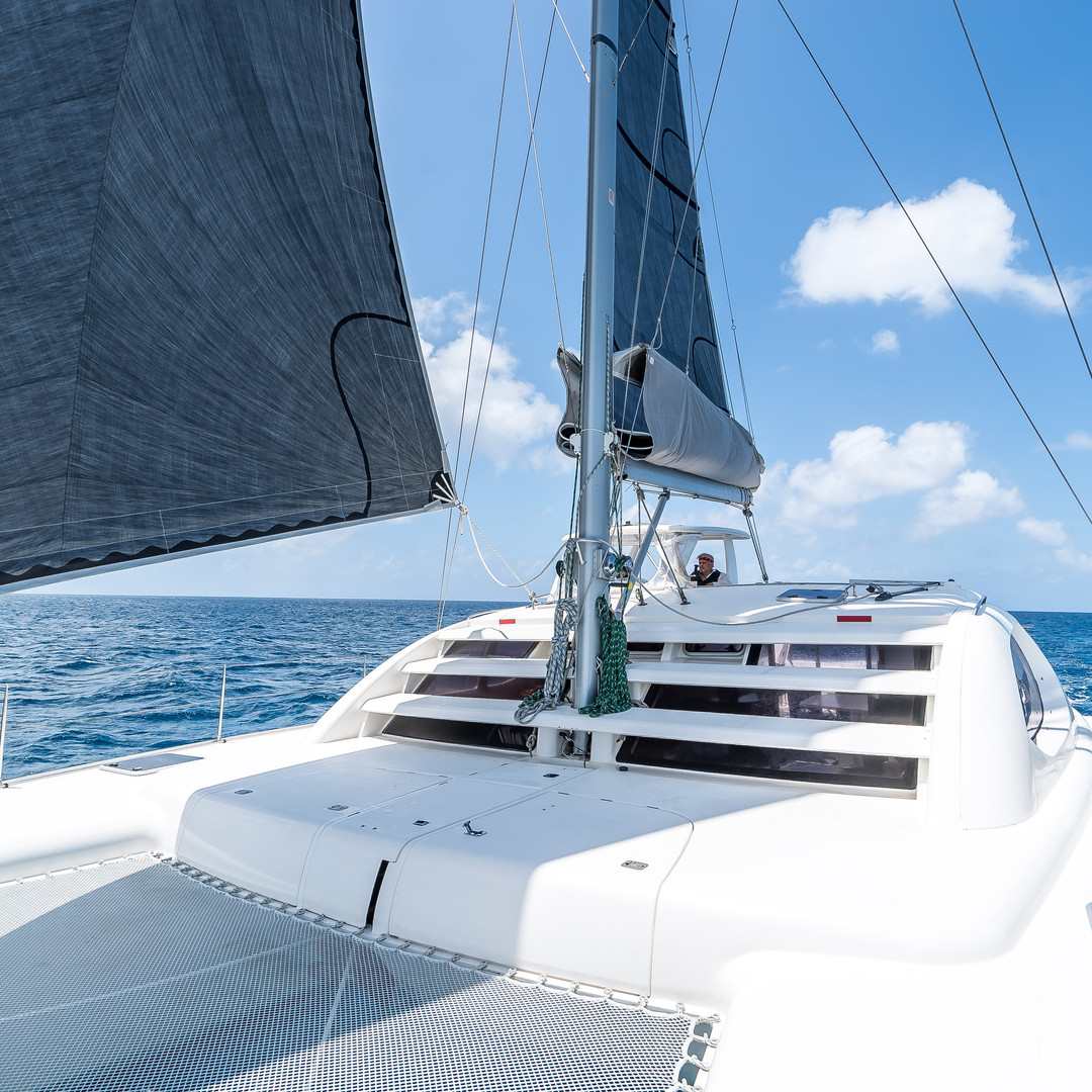 Bahamas Sailing Charter Leopard Catamaran