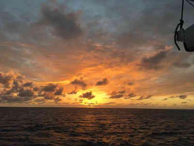 Sunset-Atwood-Harbour-Beach-Bahamas-Sailing-Catamaran-Charters