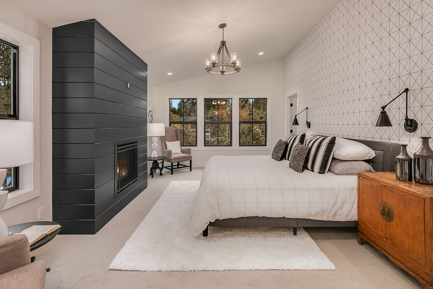Master Bedroom by Enfort Homes.jpg
