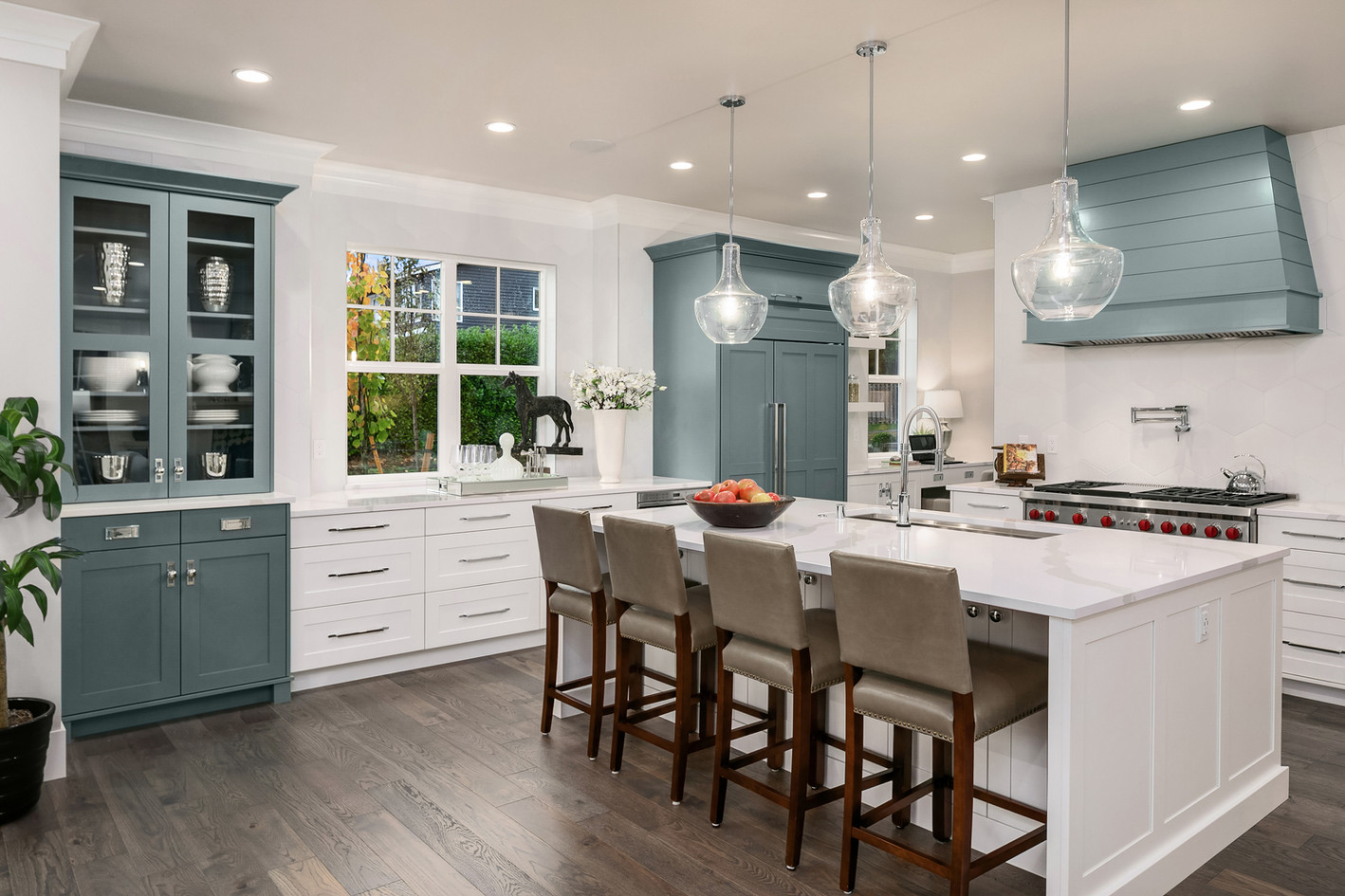 Enfort Homes Kirkland Kitchen Island.jpg